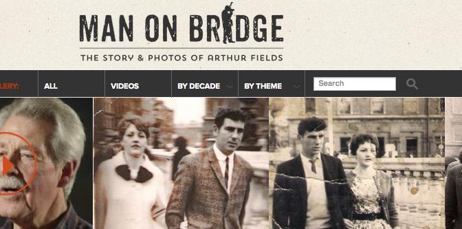 Man on Bridge – Entrelacs